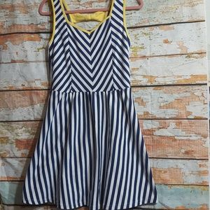 E Hanger M striped bow back dress M